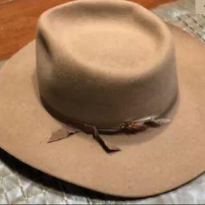 Akubra Snowy River Hat Australia Pure Fur Felt Tan